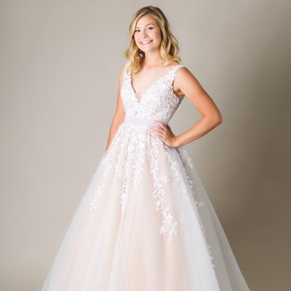 ef411fceeb8 Sherri Hill dress Style  11335. M 5bba9f0d951996ed3f3a897c